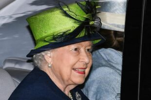 The Queen Start Her First Summer Holiday Without Prince Philip