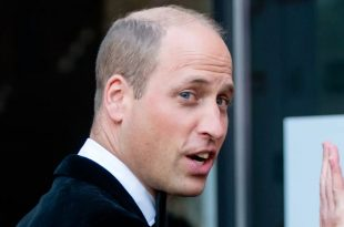 """Prince William Praises Emergency Service Workers For """"Running Into Danger"""""""
